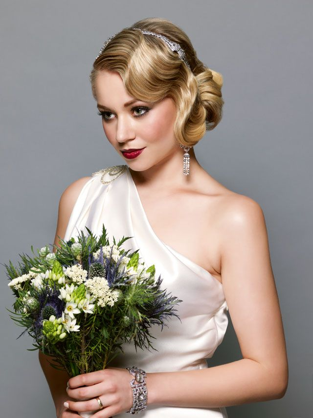 Wedding Hairstyle For Long Hair Get The Look Lorna Evans Wavy Bob