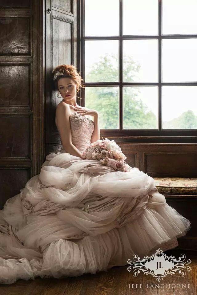 Ball gown wedding dresses big wedding lande for Big ball gown wedding dress