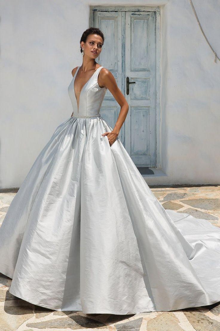 Ball Gown Wedding Dresses : Featured Wedding Dress: Justin Alexander ...