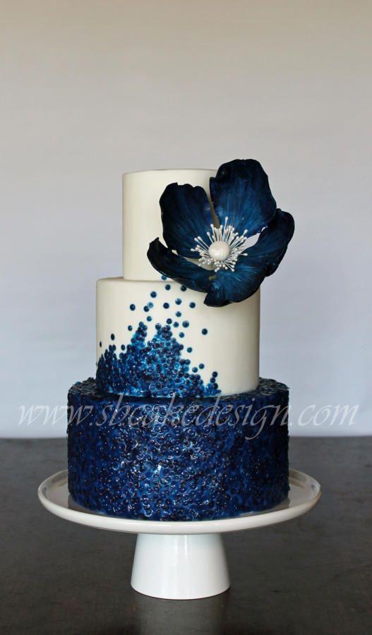 Wedding Cakes Stunning Navy Blue And White Wedding Cake We This Moncheribridals Com Wedding Lande Leading Wedding Magazine Ideas Inspirations The Hottest New Wedding Trends
