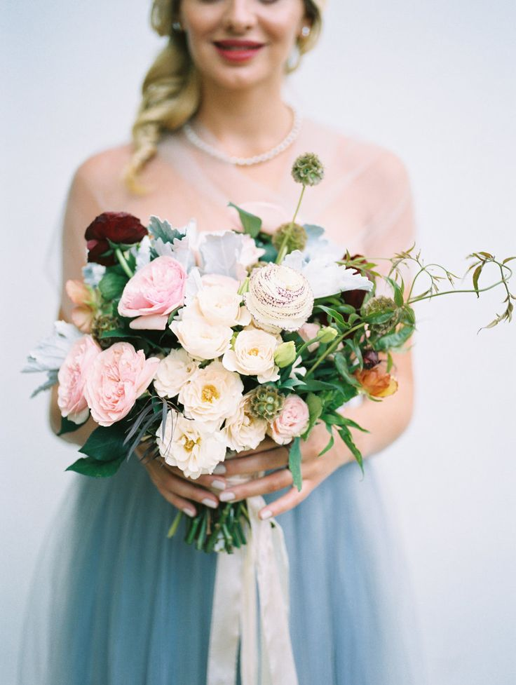 Wedding Bouquets Tulle Skirts And Fresh Blooms For This Lady And The Tramp Inspired Shoot Photog Wedding Lande Leading Wedding Magazine Ideas Inspirations The Hottest New Wedding Trends