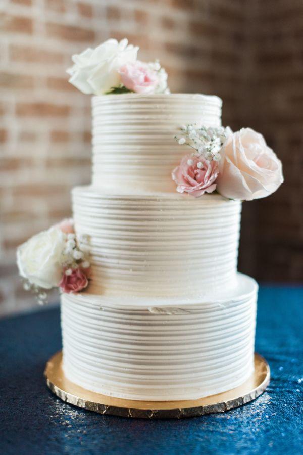 Cushion Style Wedding Cakes