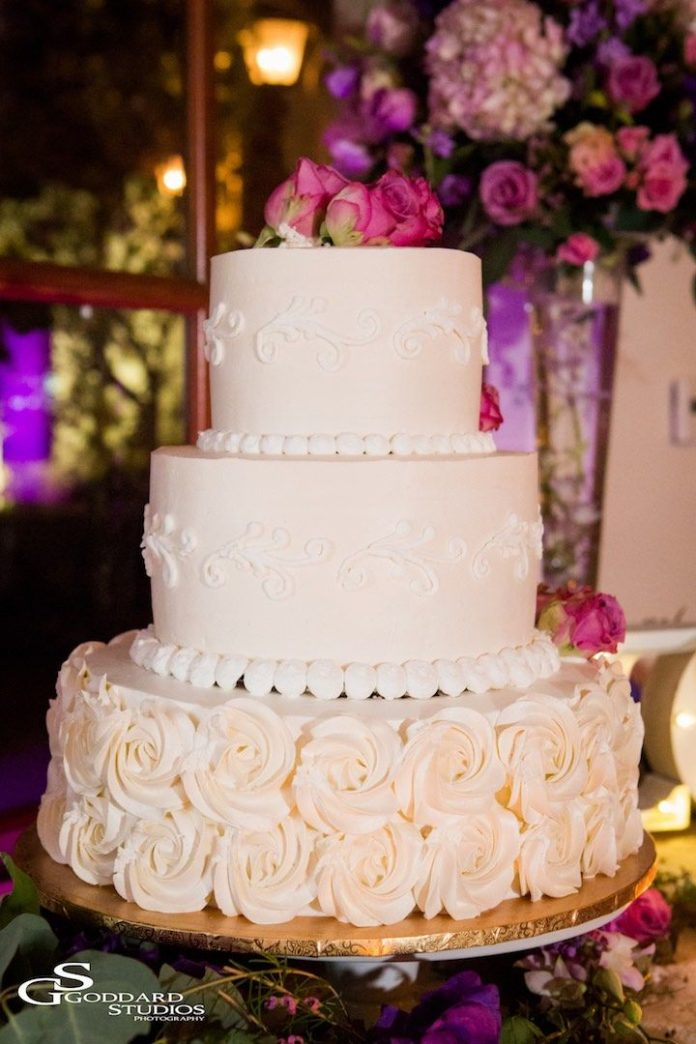 Wedding Cake Design Studio : Wedding Cakes : Featured photographer: Goddard Studios ...