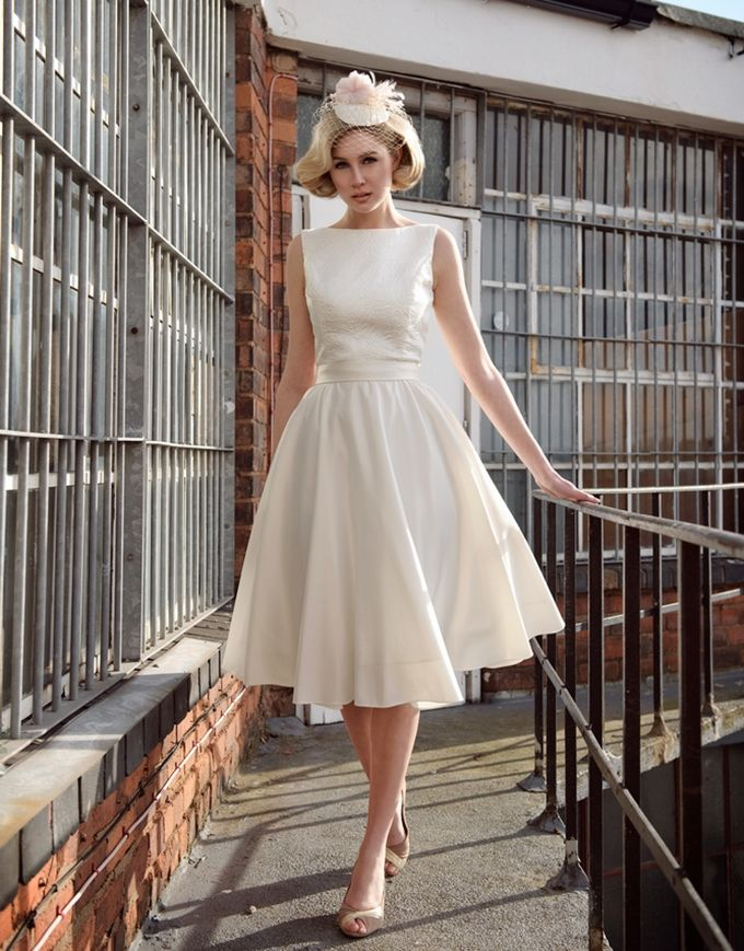 Short And Tea Length Wedding Dresses Audrey Hepburn Wedding Dress Tobi Hannah Wedding Lande Leading Wedding Magazine Ideas Inspirations The Hottest New Wedding Trends