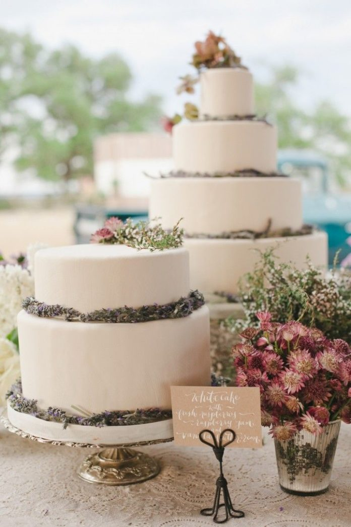 texas wedding cake recipe wedding cakes charming rustic wedding from the 20818